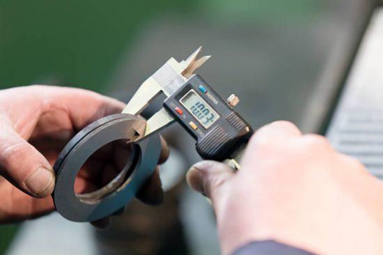 Measuring with Digital Vernier Caliper